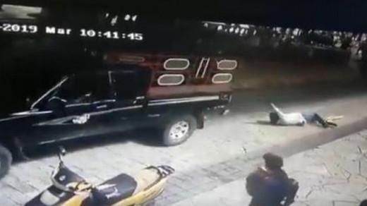 Έδεσαν δήμαρχο πίσω από αυτοκίνητο και τον έσερναν στους δρόμους - Αθέτησε προεκλογική του δέσμευση